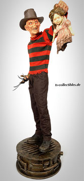 Freddy Krueger with Puppet 1/4 Premium Format A Nightmare on Elmstreet Statue 53cm Sideshow