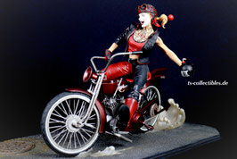 Harley Quinn on Bike - Gotham City Garage 39cm Statue Batman DC Collectibles