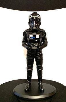 Tie Fighter Pilot 1/5 Star Wars Ep IV ANH Polystone 42cm Statue Attakus