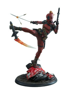 Lady Deadpool 1/4 Premium Format Marvel Comics 56cm Statue Sideshow