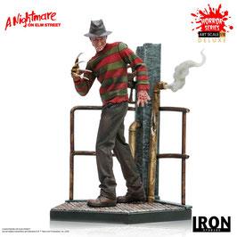 Freddy Krueger Deluxe 1/10 Nightmare on Elm Street Art Scale Statue 19cm Iron Studios
