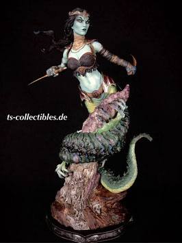 Gallevarbe - Eyes of the Queen Exclusive 1/4 Premium Format Court of the Dead 50cm Statue Sideshow