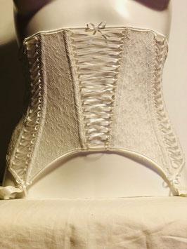 Weißer Taillengürtel von Chantal Thomass / Größe 1 entspricht Größe 32