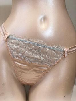 Pastellfarbener String-Tanga von Mimi Holliday / Größe S
