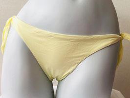 Vanillegelbe Triangel-Bikinihose von Pin-up Stars