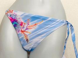 Hellblauer Triangel-Slip von Lise Charmel / Größe 42