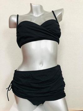 Schwarzer Bikini im Hollywood-Look von Eres / Größe 44