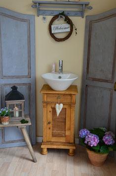 "VERKAUFT: Antiker Waschtisch ""Loiret"""