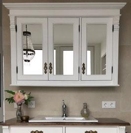 Manon - Großer Spiegelschrank mit drei Türen im Landhaus-Look