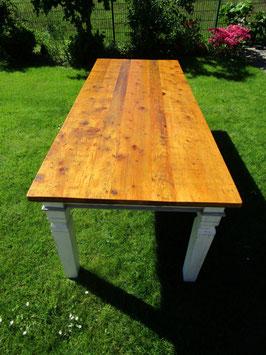 Tisch Altholzdielen mit großer Schublade