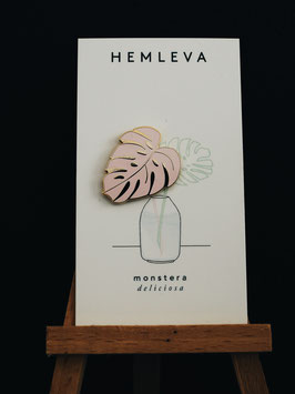Hemleva Enamel Pin Monstera Pink