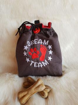 Leckerlibeutel Dream Team dunkel grau/rot