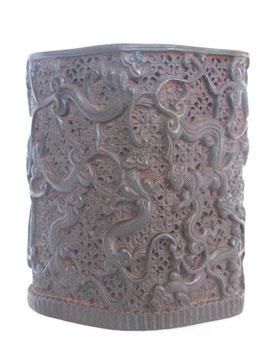 Деревянный (сандаловый) стаканчик с ящерками