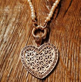 Halskette rosegold mit Süsswasserperlen und Zirkonia und Herzanhänger