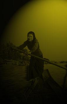 Market woman row on Chao Phraya