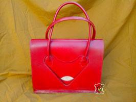 sac à main en cuir rouge montage sellier