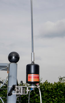 Trekking Antenna QRP, Wide Band Portable Antenna from 7 to 30 Mhz, to be used with antenna tuner, 200 W SSB/CW - 100 W Psk31/RTTY