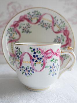 204-2 矢車草とピンクリボンのカップ(1800年代)