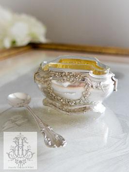 382. フランス製スターリングシルバー&ガラス/リボンのソルトセラー(仏1900年前後/イギリス製純銀ソルトスプーンのプレゼント付き)