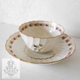 212. ウースター窯/紫のハートの花と金のリーフ ティーボウル(英1780-1800年) Worcester Teabowl & Saucer