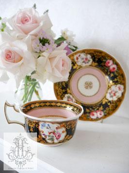 249. コールポート/桃色と黒のティーカップ(英1820年頃)