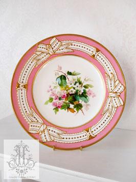 345. ①リボン&ピンクの手描きボタニカル約23cmプレート(英1860年頃)