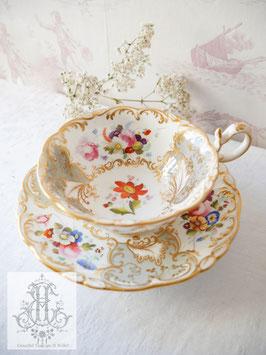 322. コールポート/アデレードシェイプ・華絵とパールグレーのティーカップ(英1824-1833)