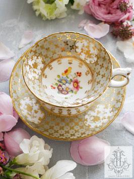 375. リッジウェイ/総手描き花絵と小花モゥルドのグレーカップ(英1830-55)