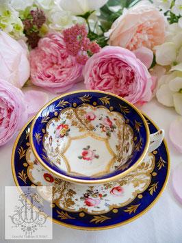 404. エトラスカンシェイプ/藍と薔薇ティーカップ(英1820年頃)