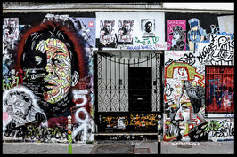 2016 Maison de Serge GAINSBOURG rue de Verneuil - Paris France  - Photo sur toile 70X45 signée.