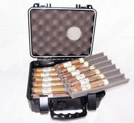 Komplettes Sortiment der Pachuche Zigarren im praktischen Xikar Reisehumidor