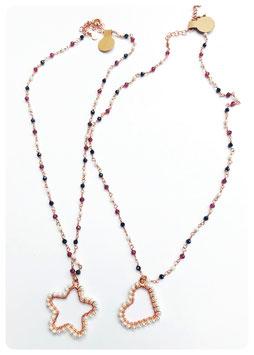 collana rosario con ciondoli con perle