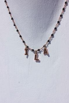 Girocollo rosario pietre multicolor vivace  con lettere small zirconi bianchi