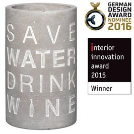 """Weinkühler """"Save Water drink Wine"""". Von Räder."""