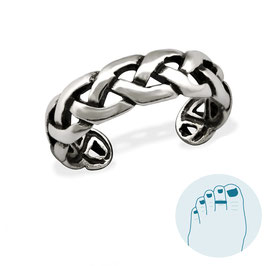 Silver Toe Ring Weaving
