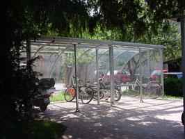 Fahrradüberdachung Modell Standard C mit Schiebetüren