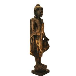 Stehender Teakholzbuddha im Mandalay Stil