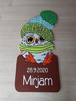 Nr.57 Baby Uhu mit Mütze und Schal