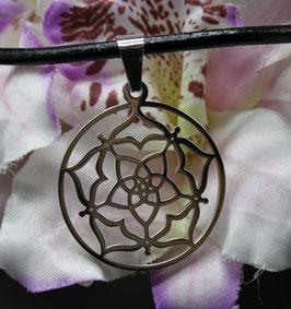 Pendentif Fleur de venus + cordon