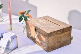 Urne de mariage en bois personnalisée - prénoms et date