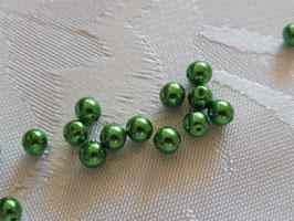 Perlen farngrün 4 mm