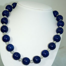 Howlite and christal necklace