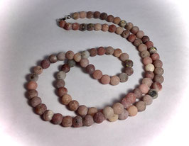 Handmade necklace with maifanite beads