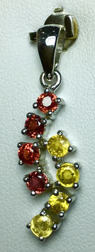 Pendant with fancy sapphires, 1,55 ct,