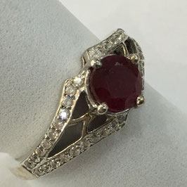 Ring with ruby, 1,06 ct. and cz-diamonds
