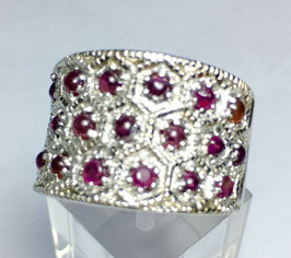 Ring with rhodolite, 2 ct.