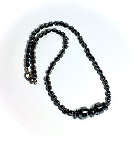 Handmade necklace with hematite beads