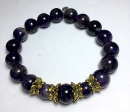 Handmade bracelet with amethyst beads