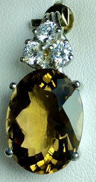Pendant with citrin, 7,68 ct. and 3 CZ diamonds