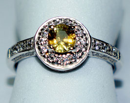 Ring yellow Sapphire and CZ Diamonds